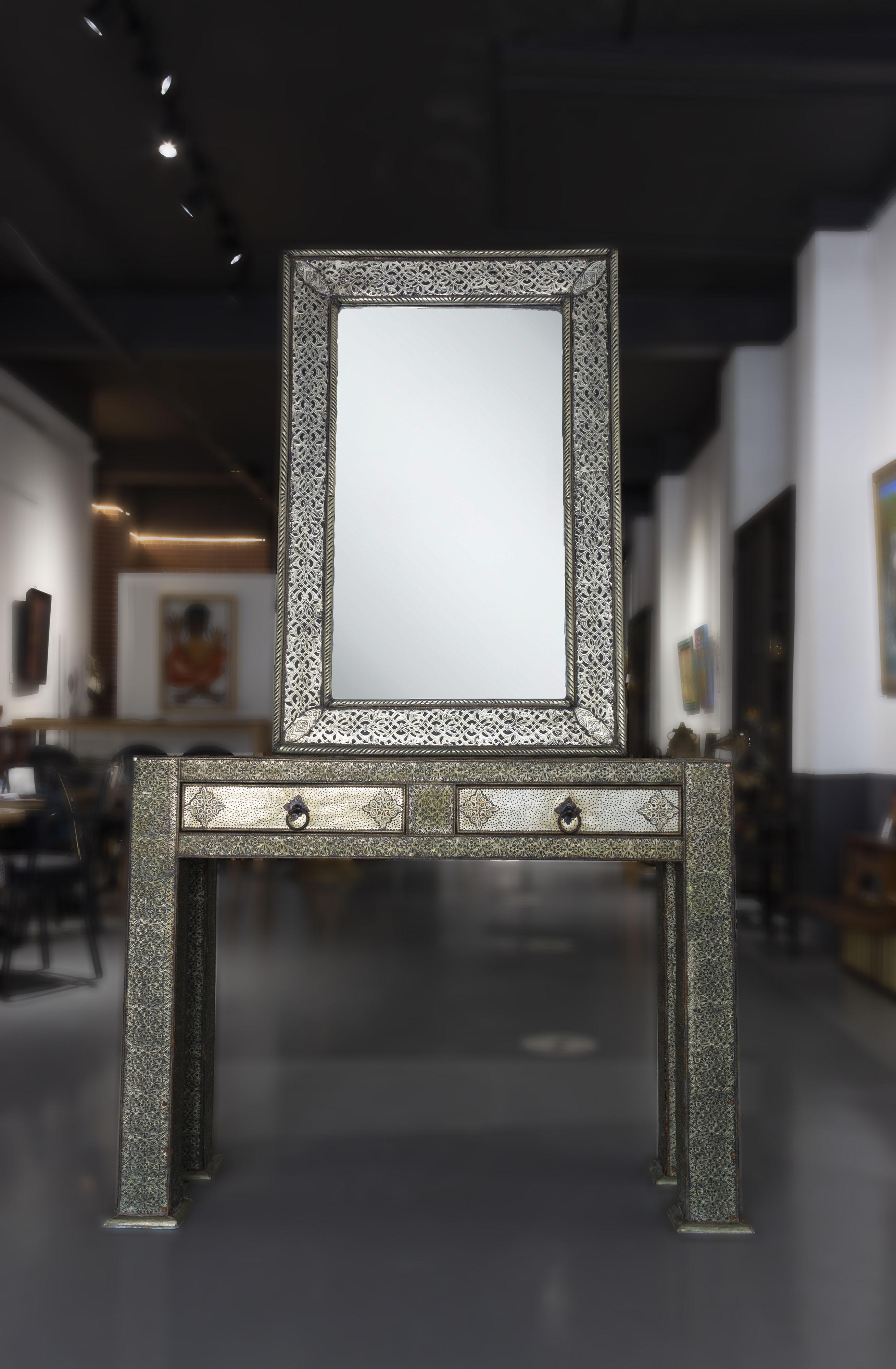 Miroir commode en métal
